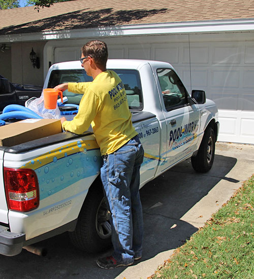 pool cleaning and pool service in lakeland fl